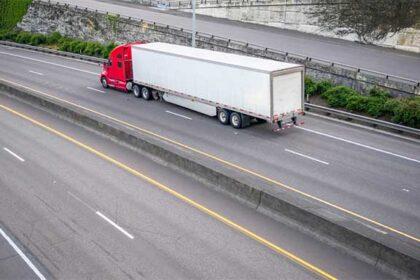 Semi truck on Kansas Roadway